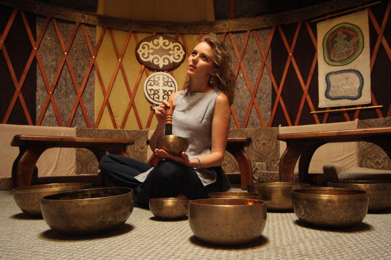 Встреча «Мир поющих чаш. История, мифы, звучание»