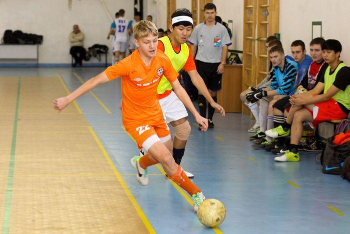 Во ВГУЭС открылся Новогодний Международный турнир по мини-футболу «Кубок Чемпиона»