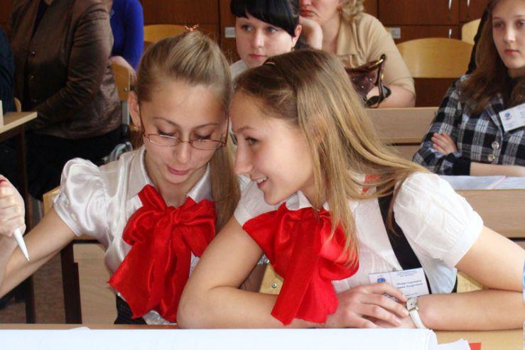 Региональный этап национального конкурса учебно-исследовательских работ школьников прошел в ШИОД ВГУЭС.