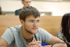 沉阳化工大学的科学家在符拉迪沃斯托克国立经济与服务大学参加了会议