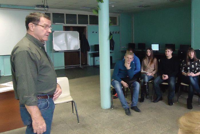 Институт иностранных языков посетил американский коллега