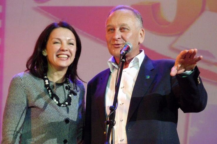 25 ноября в зале театра ВГУЭС «Андеграунд» состоялась торжественная ассамблея, посвященная юбилею проекта «Одаренные дети».