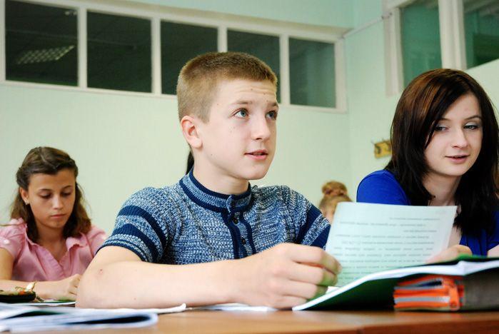 Во ВГУЭС открылась летняя школа английского языка