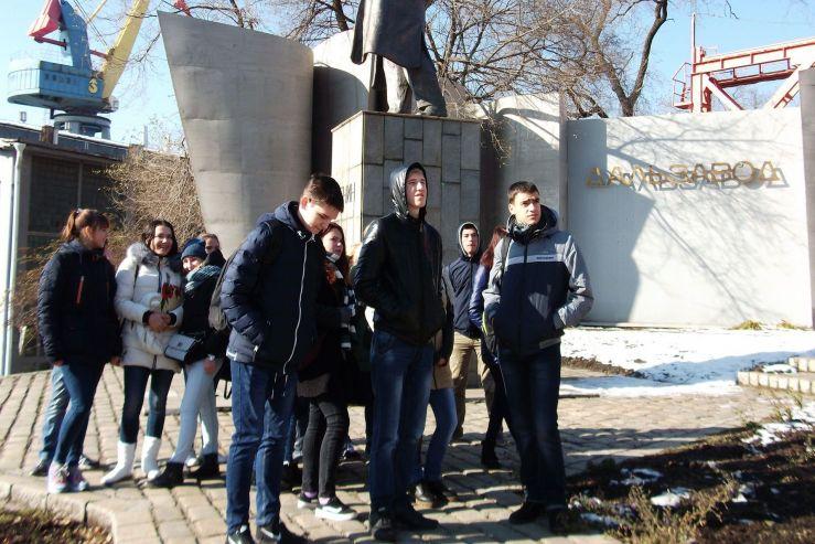 Студенты Колледжа сервиса и дизайна ВГУЭС приняли участие в «Дне компании» на АО «Центр судоремонта «Дальзавод»