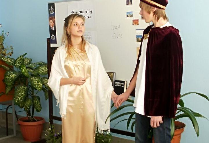 Студенты КСД ВГУЭС поговорили о Шекспире на английском языке