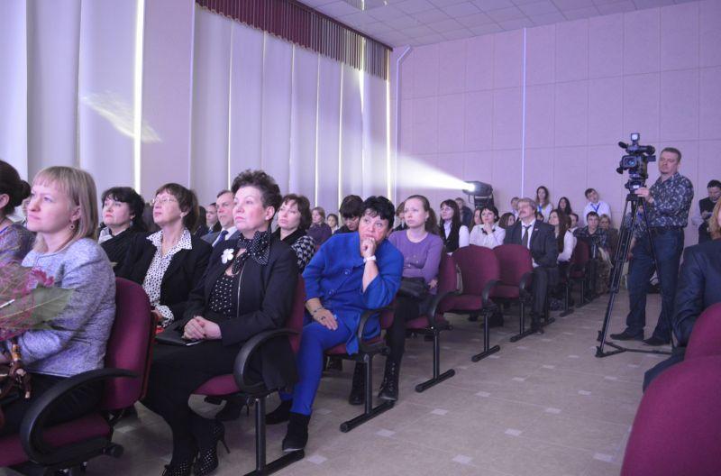 Гости на открытии школы