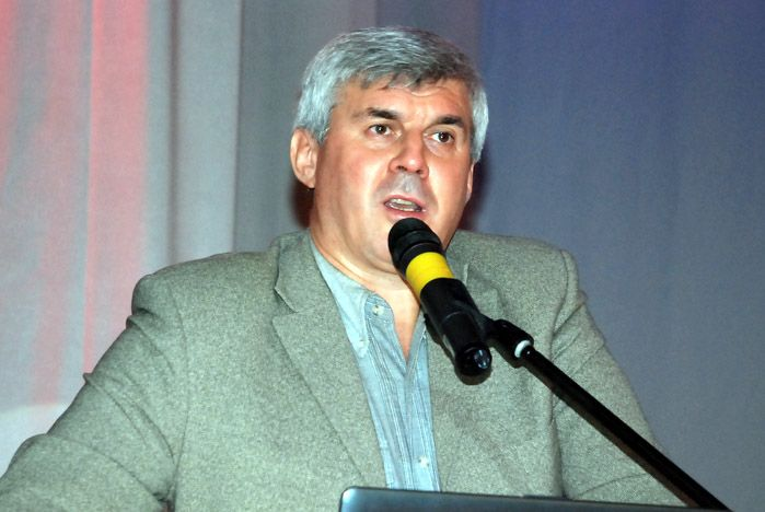Всемирная неделя предпринимательства во ВГУЭС началась с лекции Вадима Котельникова в «Андеграунде»