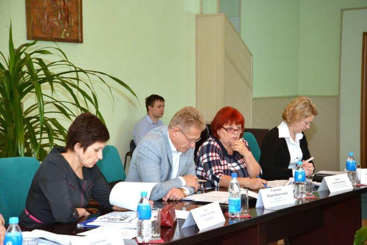 Во ВГУЭС обсудили электронное обучение и новый праздник