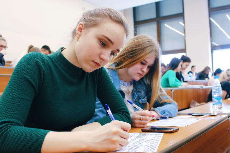 Тест по истории написали во ВГУЭС