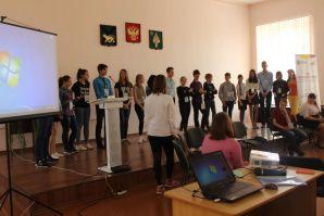 Студенты ВГУЭС помогают в проведении слетов по профилактике экстремизма в молодежной среде