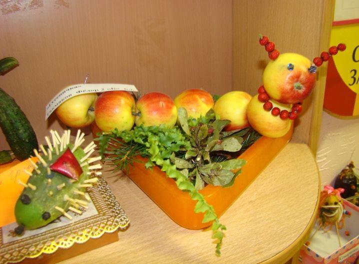 Поделки из яблок и капусты 22