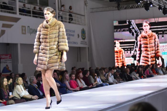 Зима в разгаре: учимся выбирать меховое пальто!