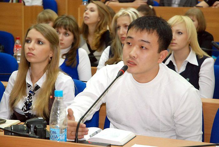 Владивосток, Екатеринбург, Томск и Швеция в режиме он-лайн обсудили возможности и проблемы студенческого предпринимательства