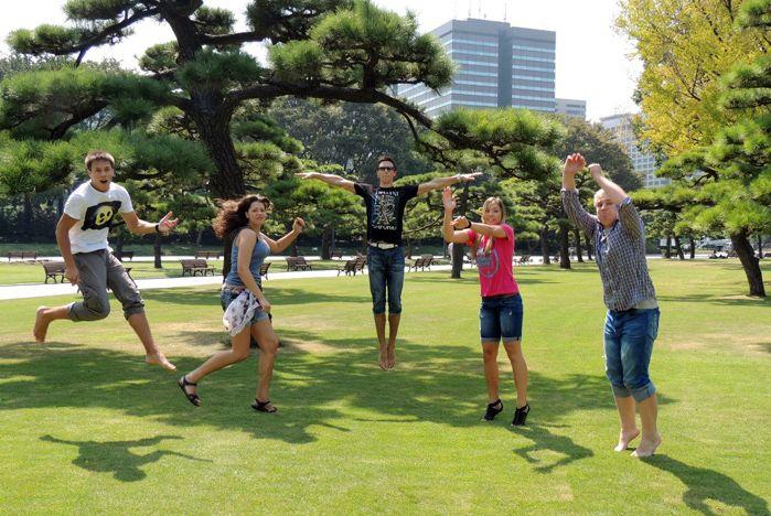 Волонтеры ВГУЭС остались под впечатлением от подарка президента и Японии