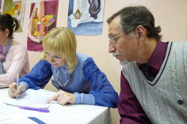 Эксперты высоко оценили выставочные работы учащихся детской художественной школы ШИОД