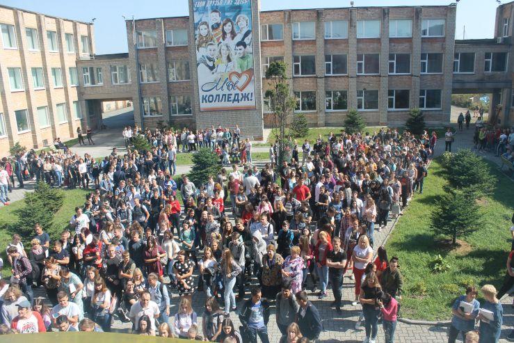 21 сентября в Колледже сервиса и дизайна ВГУЭС была проведена учебная эвакуация