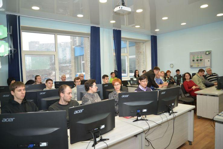 ВГУЭС предлагает выпускникам школ перспективное практико-интегрированное обучение в сфере информационных технологий