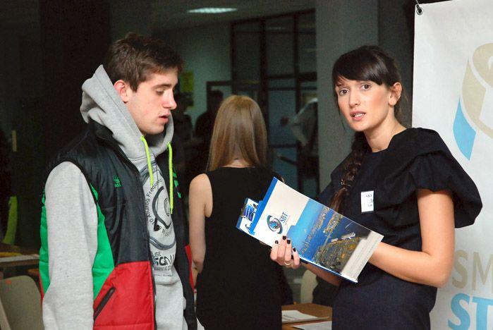 Ярмарка вакансий во ВГУЭС собрала ведущие компании города