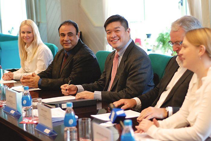 Совместные программы сотрудничества обсудили представители ВГУЭС и Академии высшего образования «Каплан»