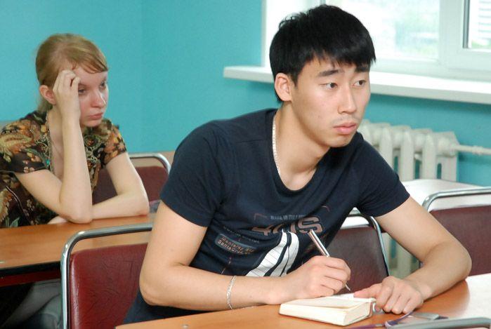 Институт международного бизнеса и экономики ВГУЭС продолжает внедрять практикоориентированное обучение