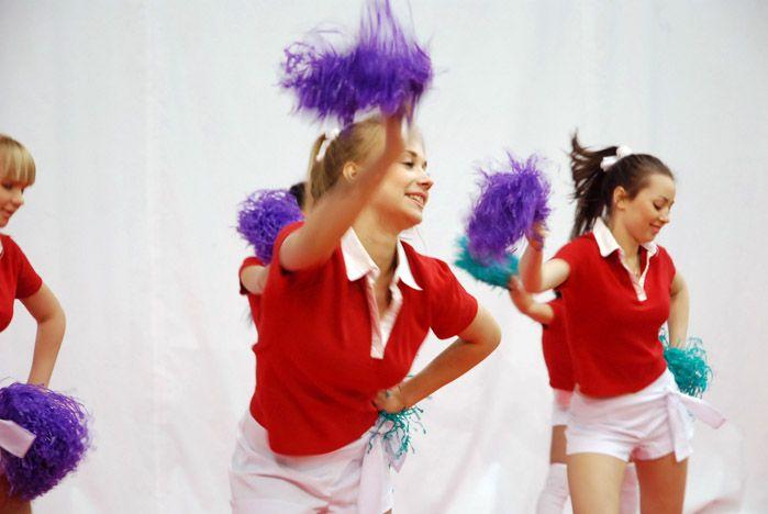 Школьники Владивостока проводят спортивные каникулы во ВГУЭС