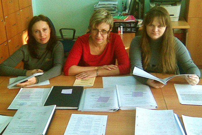 Преподаватели кафедры психологии ВГУЭС определили лучшие дипломные работы
