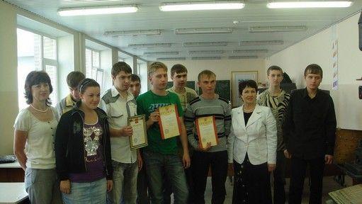 В Колледже сервиса и дизайна ВГУЭС состоялся конкурс профессионального мастерства «Лучший токарь».