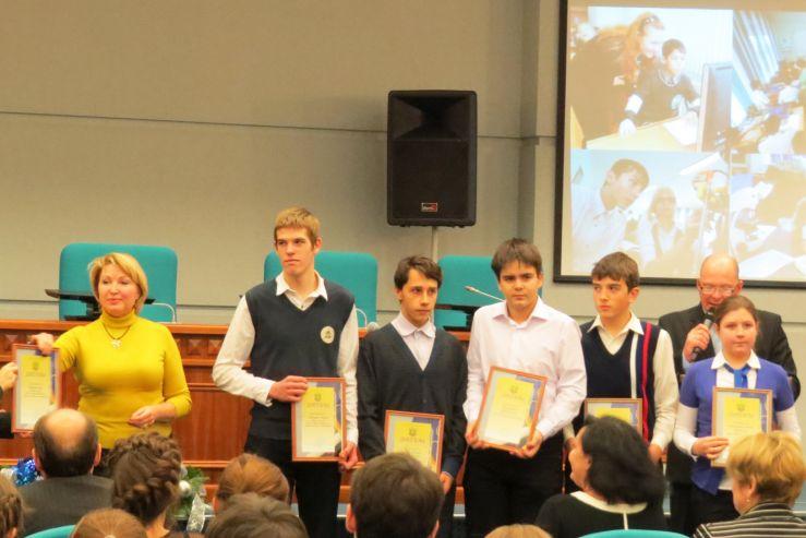 Ученики Международной лингвистической школы ВГУЭС – призеры муниципального этапа Всероссийской предметной олимпиады.
