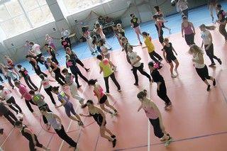 Городской фитнес-марафон прошел в Колледже сервиса и дизайна ВГУЭС