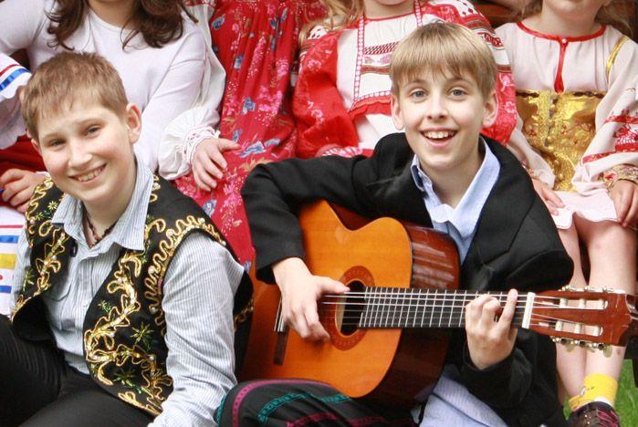 Участники «Фабрики грез» поставили мюзикл «Кошки» во ВГУЭС