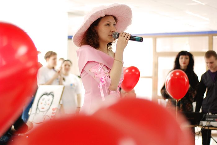 Во ВГУЭС отпраздновали День Святого Валентина