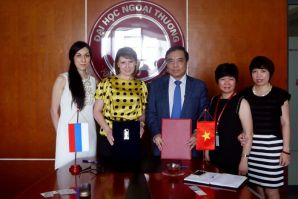 VSUES and University of Foreign Trade in Viet Nam signed the Agreement on Cooperation in the field of student exchanges