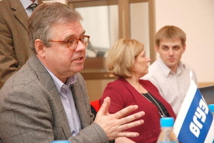 «Известия» и USA Today обсудили во ВГУЭС тенденции развития мировой журналистики