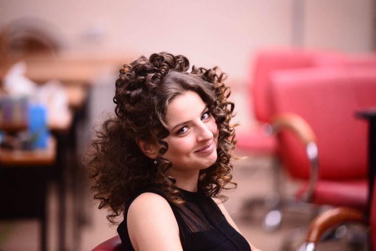 Мировой бренд «Moroccanoil» провёл мастер-класс для студентов Профессиональной школы индустрии моды и красоты ВГУЭС