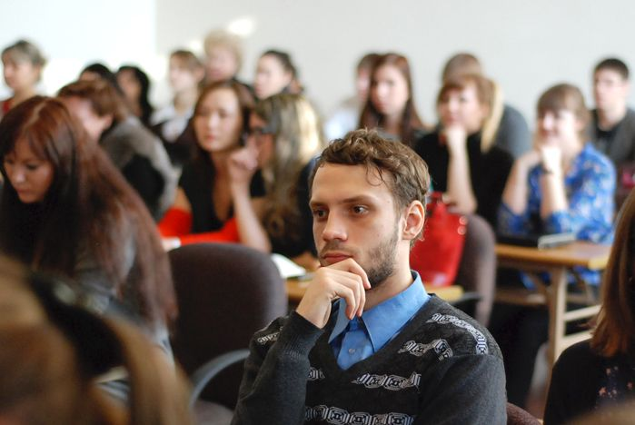 Ученые ВГУЭС подвели итоги своей работы в день российской науки