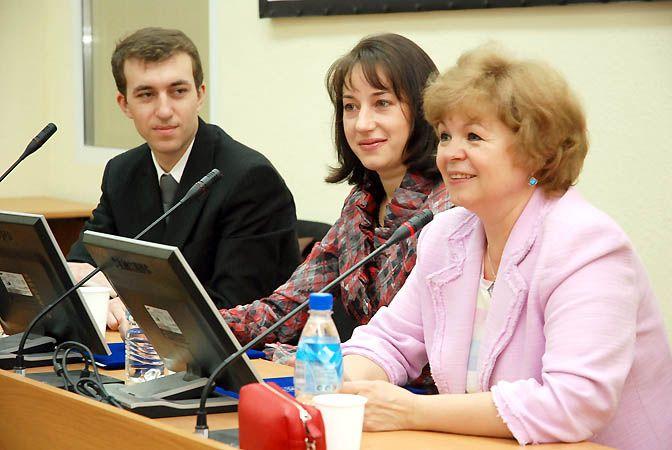 Первым проректором ВГУЭС подписан договор о сотрудничестве с избирательной комиссией Владивостока.