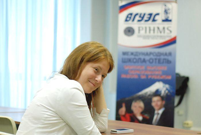 У первокурсников Международной школы гостиничного менеджмента ВГУЭС-PIHMS начались занятия