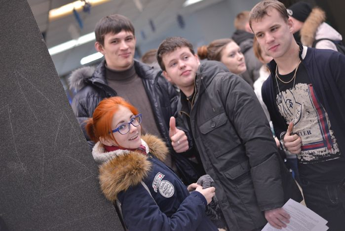 В Татьянин день во ВГУЭС потчевали пирогами гостей Зимнего сада