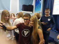 История одного успеха...Участники слета одаренных детей встретились с выпускницей ШИОД  певицей Люsea