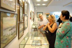 Выставка А. Шалагина завершает свою работу в музее ВГУЭС