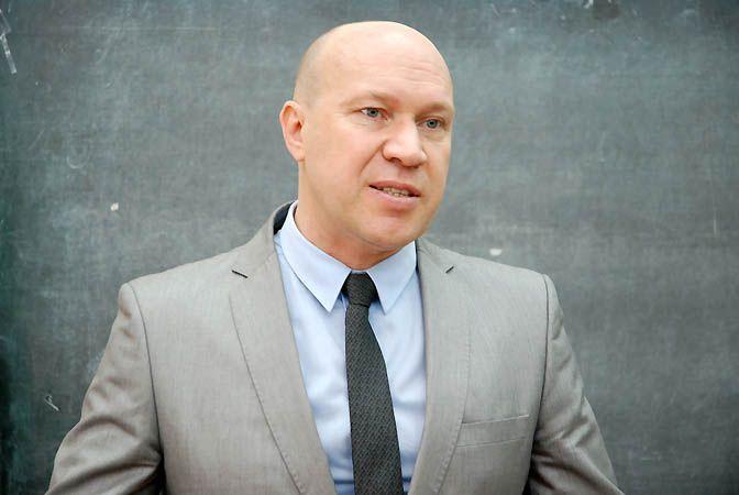 Депутат думы Владивостока рассказал студентам о государственной поддержке предпринимательства.