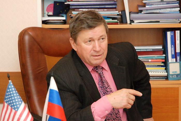 Директор Института международного бизнеса и экономики ВГУЭС Александр Латкин: «Работа в режиме высокой конкуренции делает нас лучшими в регионе»