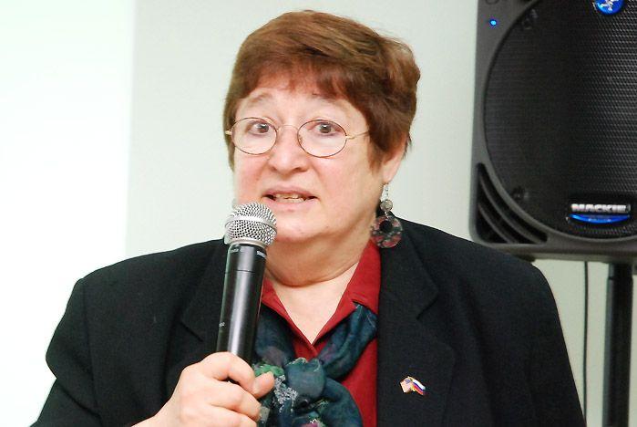 Вице-консул Генконсульства США во Владивостоке Сильва Этян рассказала студентам ВГУЭС о выдающихся женщинах США