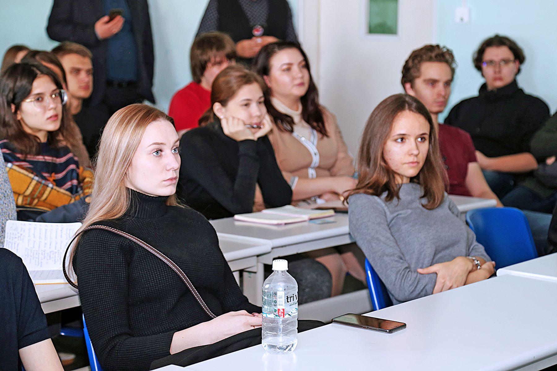 День компании 2ГИС во ВГУЭС: новые карьерные перспективы для студентов