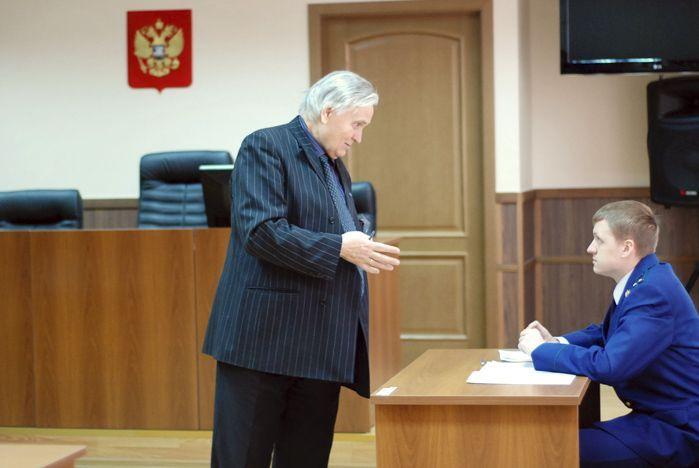 Студенты ИПУ ВГУЭС поучаствовали в реальном судебном процессе