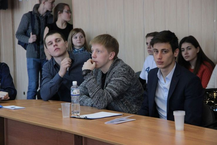 Студенты ВГУЭС получили дипломы за бизнес-проекты на форуме «Россия и Китай: вектор развития»
