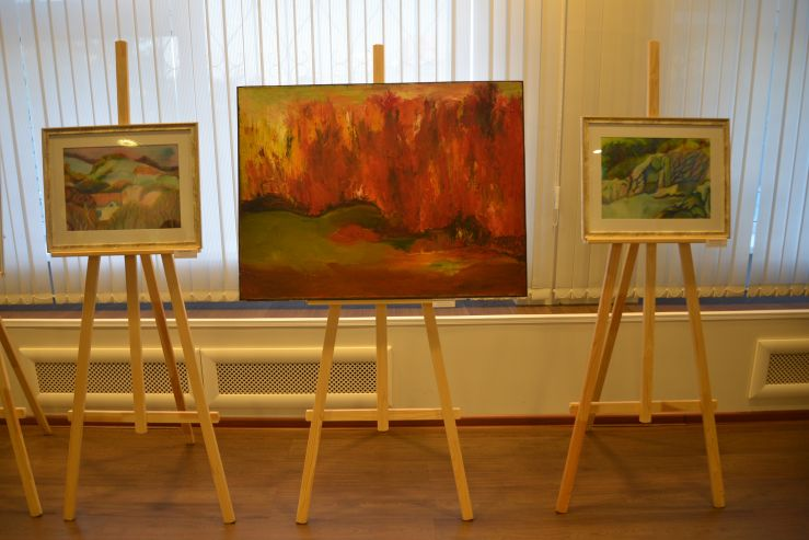 «Мы – народные художники» - во ВГУЭС открылась выставка художников-непрофессионалов