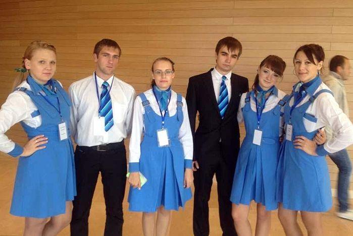 Волонтеры ВГУЭС на открытии Приморского театра оперы и балета