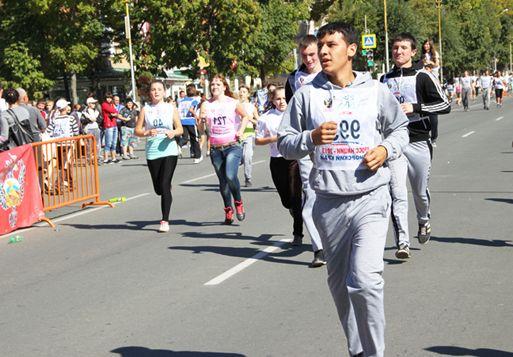 Студенты филиала приняли участие во Всероссийском забеге «Кросс нации 2013».