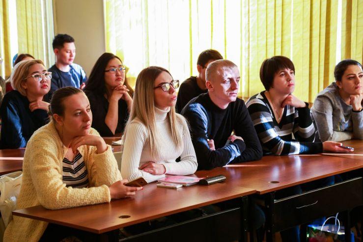 Приглашённый спикер рассказал студентам ВГУЭС о существующих тенденциях на рынке труда
